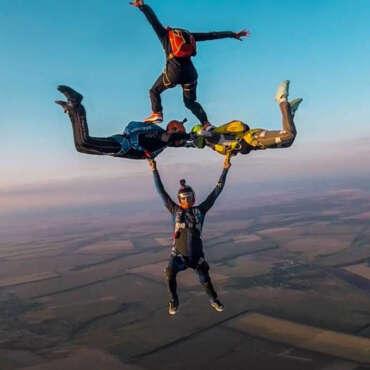 Фрифлай прыжок с парашютом в Чернигове и Киеве - Skydive Academy