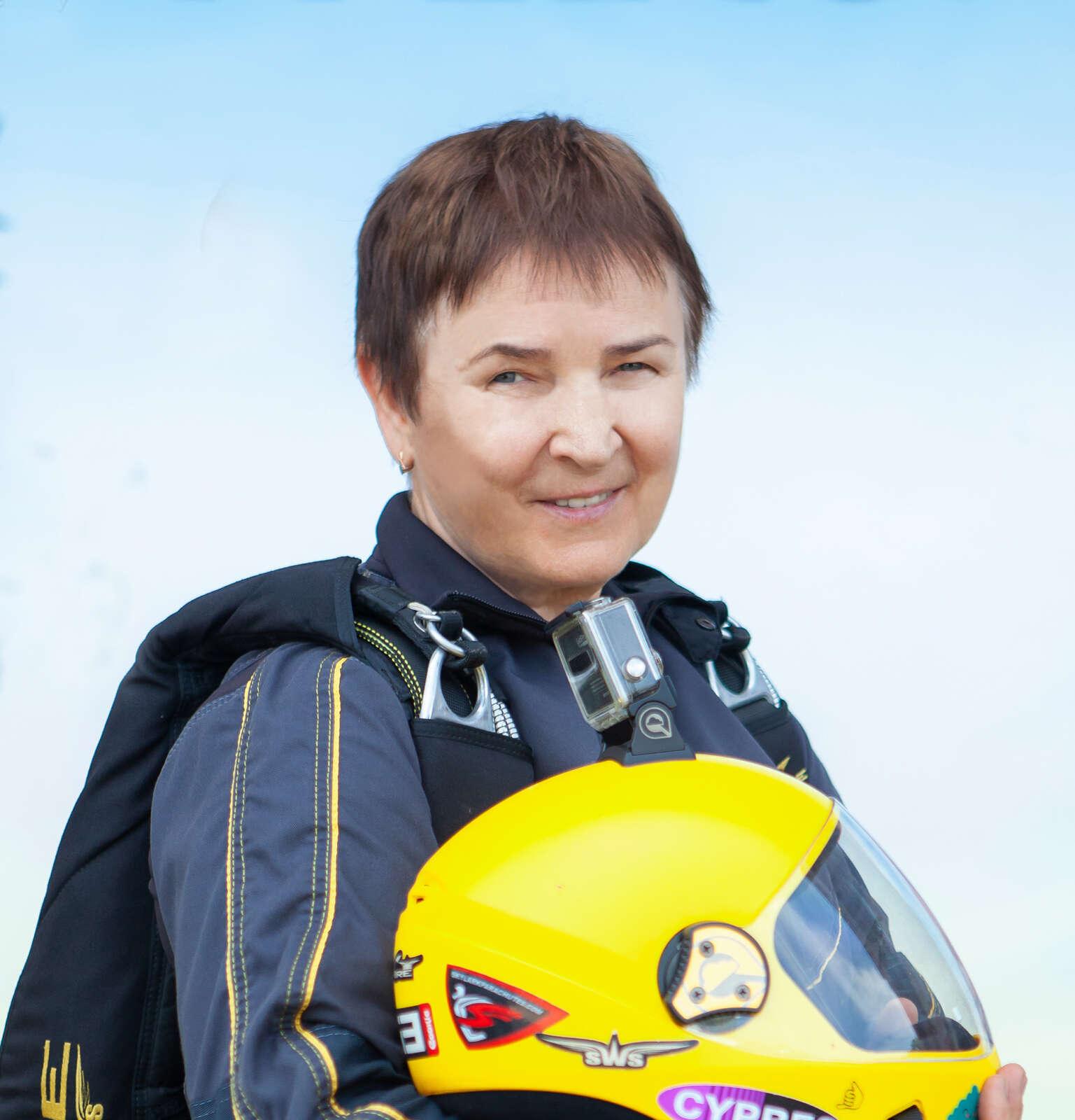 Людмила Яковлева - AFF инструктор - Skydive Academy