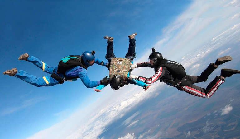 Сезон прыжков с парашютом в Киеве и Чернигове открыт - Skydive Academy