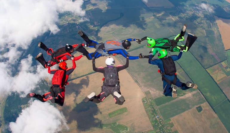 Прыжок с парашютом в Чернигове 15-16 мая