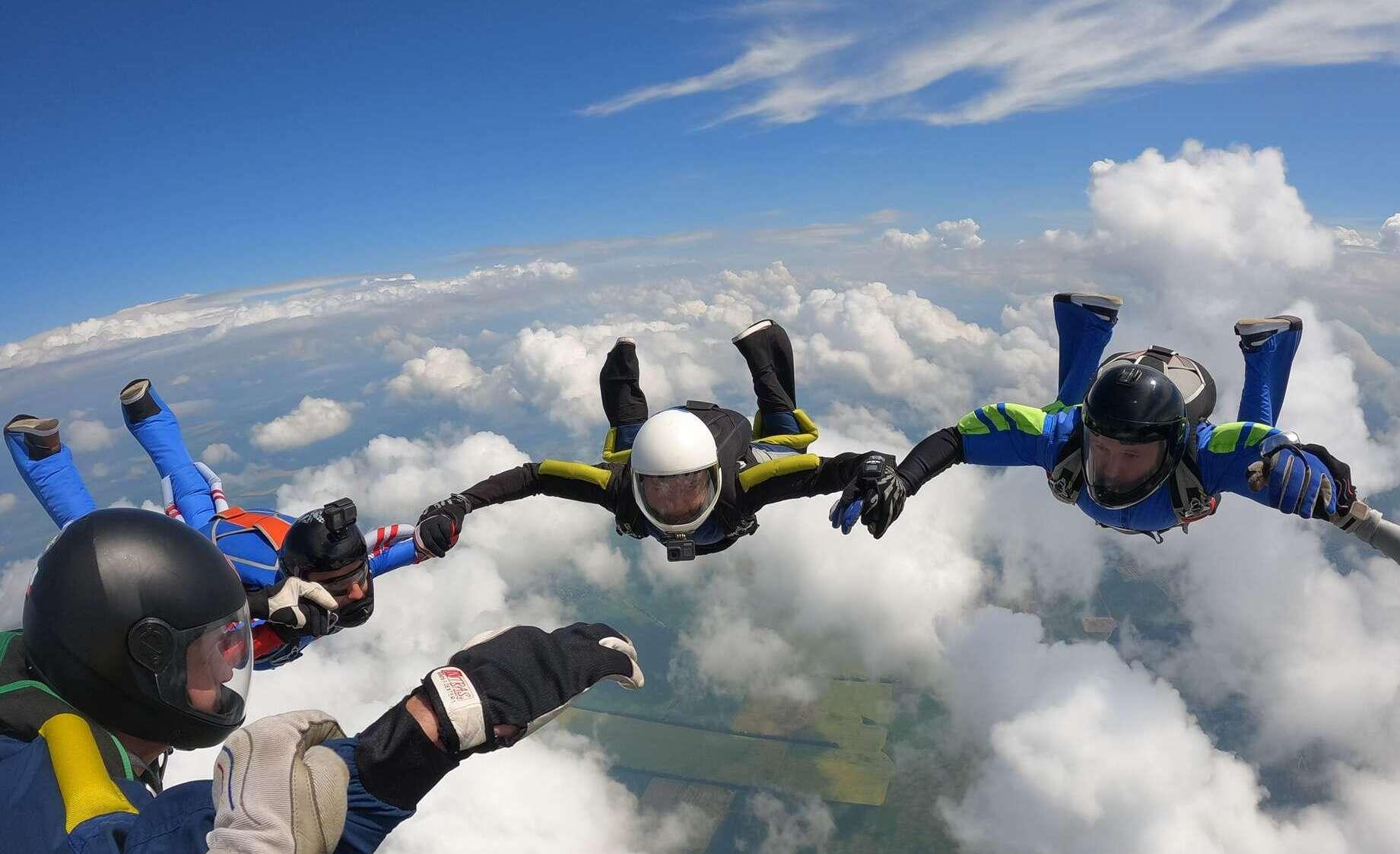 Skydiving in Kiev and Chernihiv